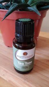 Top Hausmittel gegen Pickel: Teebaumöl
